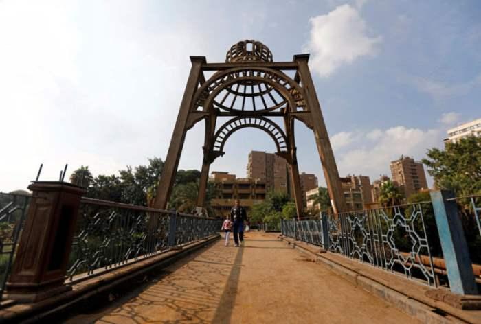 мост через реку Ни