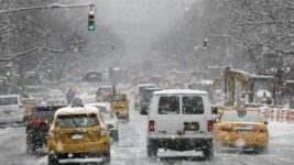 снег в нью-йорке