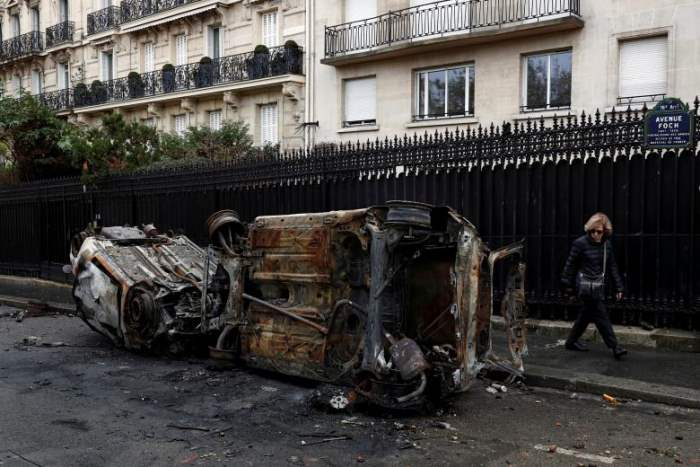 Спаленные автомобили