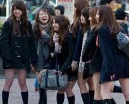 китайские школьницы