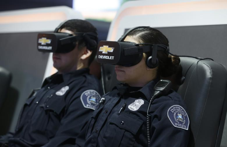 Два сотрудника Департамента полиции Детройта