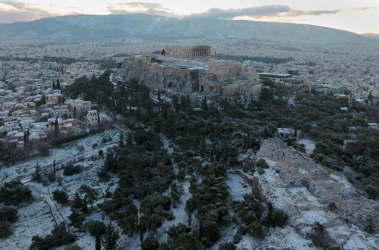 Древний храм Парфенон