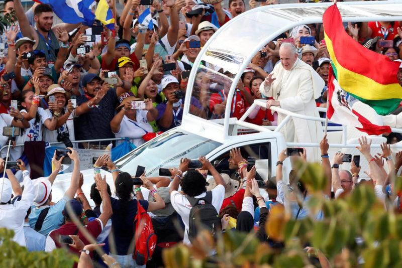 Папа Франциск прибыл в Панаму