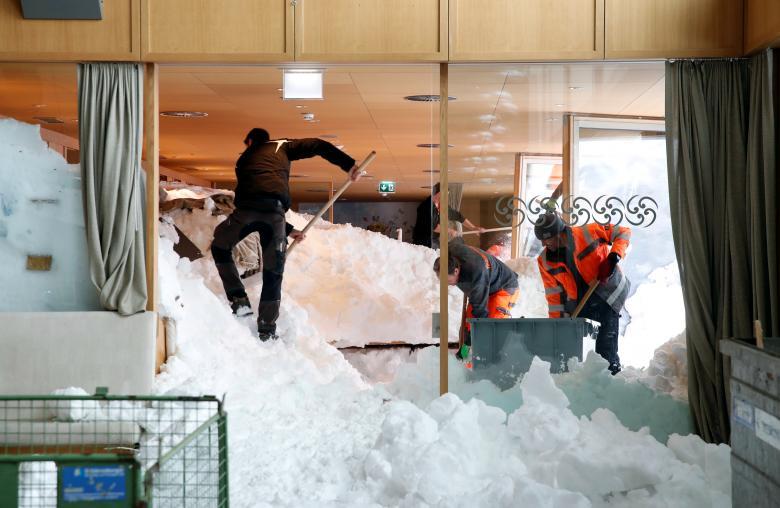снег из ресторана