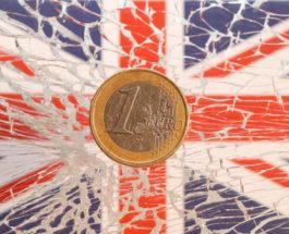 1 евро на стекле