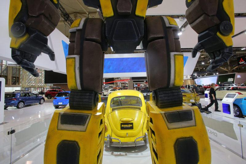 Кадр с международной автомобильной выставки