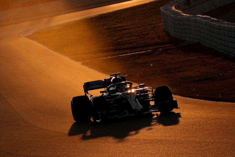 Чемпион Формулы-1 Льюис Хэмилтон