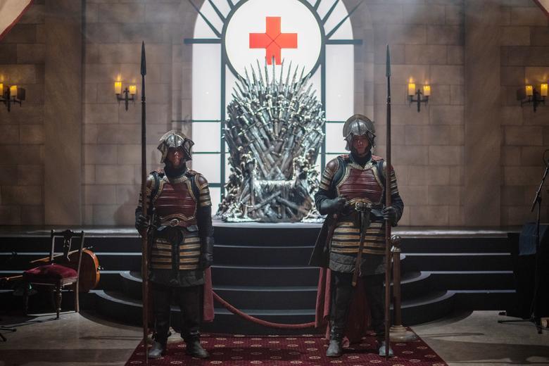 Актеры, изображающие рыцарей