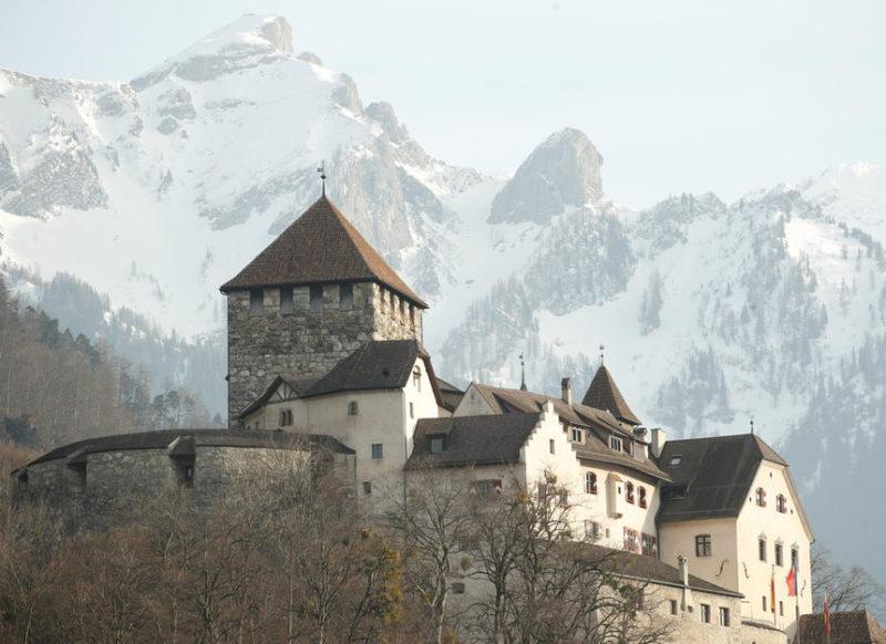 Вид на замок в Вадуц
