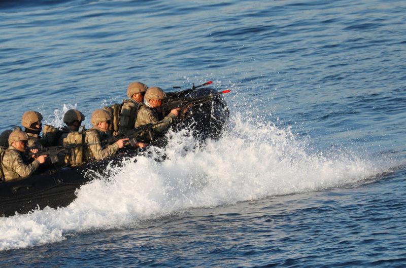 Военно-морские пехотинцы Турции