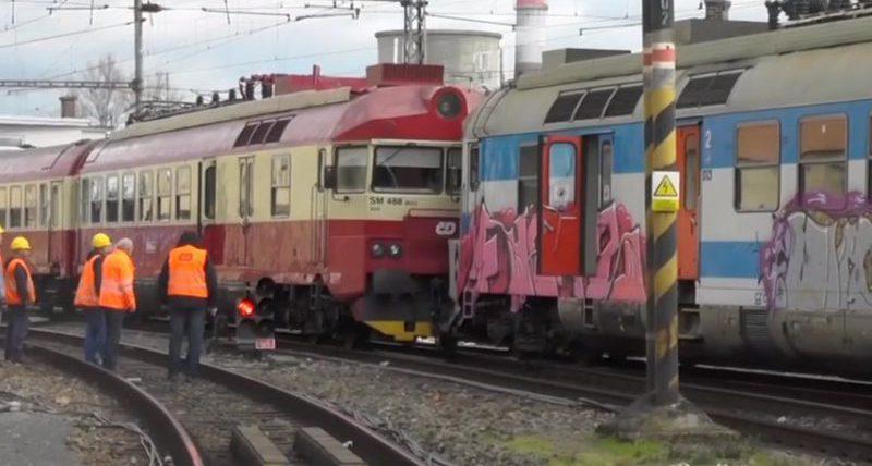 столкновение поездов в Чехии