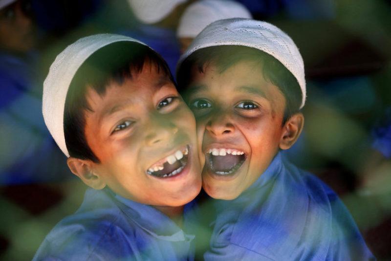 Дети из этнического лагеря