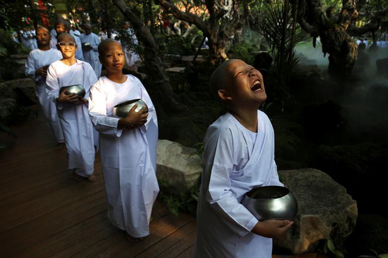 Начинающие монахи