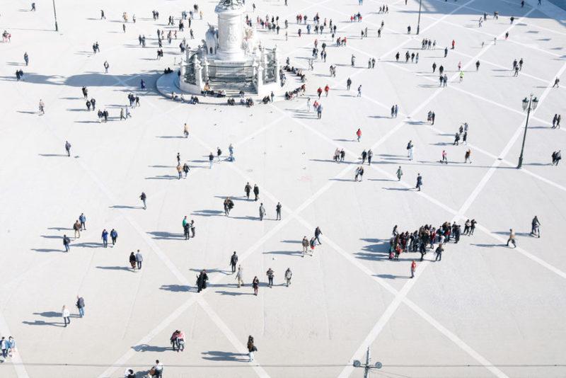 Туристы на Торговой площади