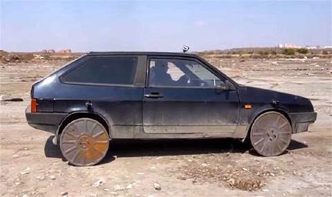 Канализационные люки вместо колес