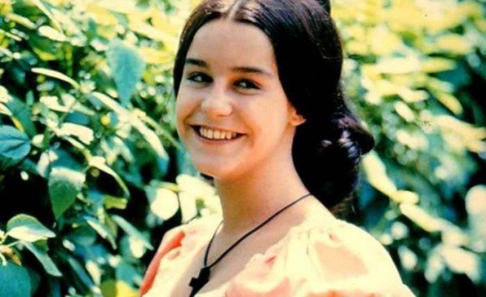 Луселия Сантус