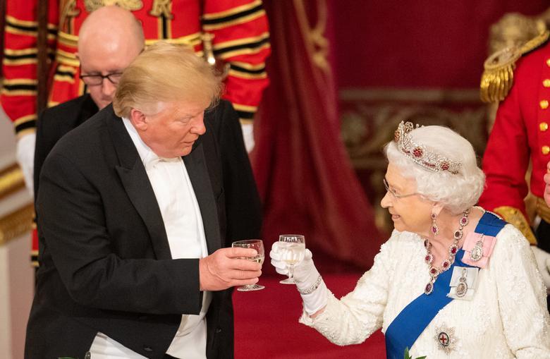 Президент США Дональд Трамп и британская королева Елизавета