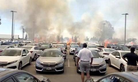 пожар автосалон