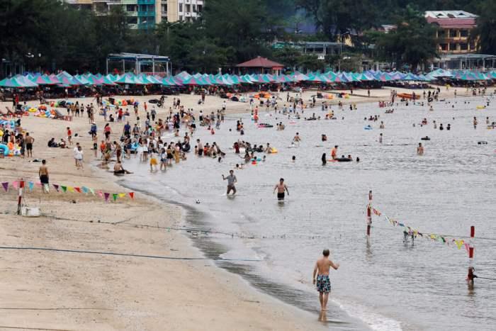 На пляже во Вьетнаме.
