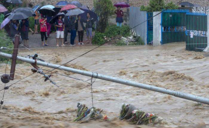 Непал потоп