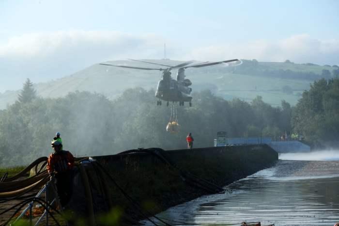 Вертолет RAF Chinook