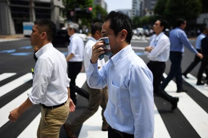 во время сильной жары в Токио
