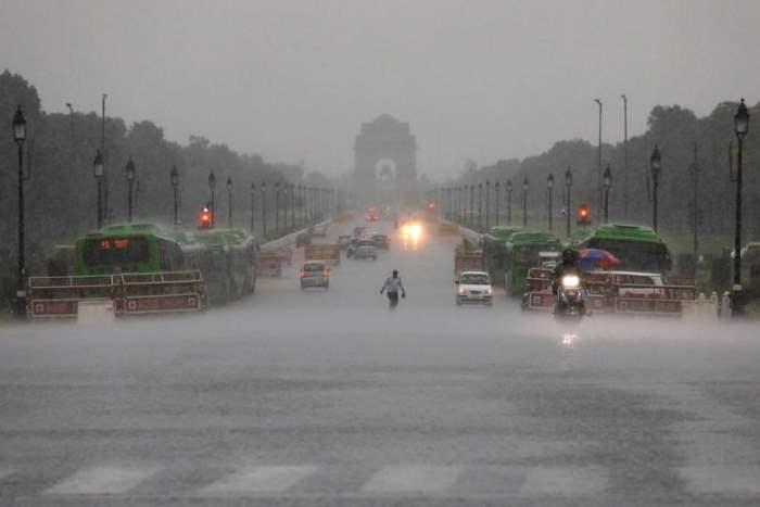 дождь индия