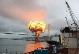 Нефтяной танкер взорвался
