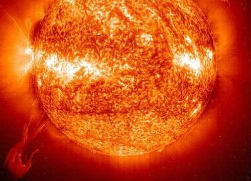 трещины на солнце