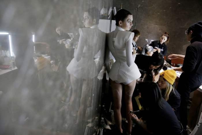 За кулисами китайской Недели моды.