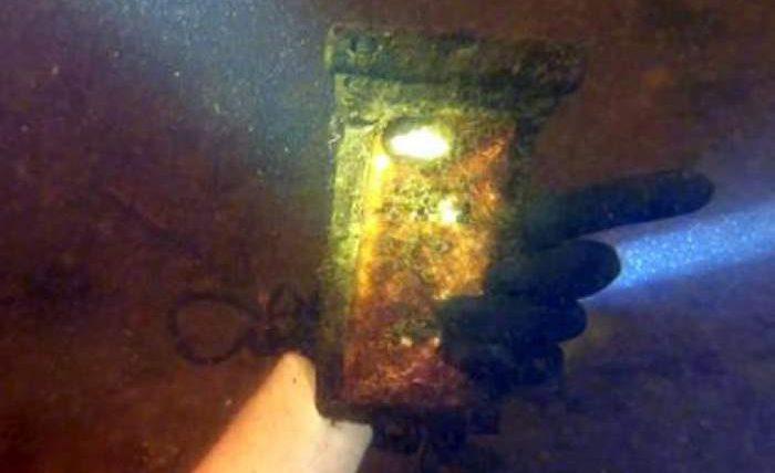 айфон под водой