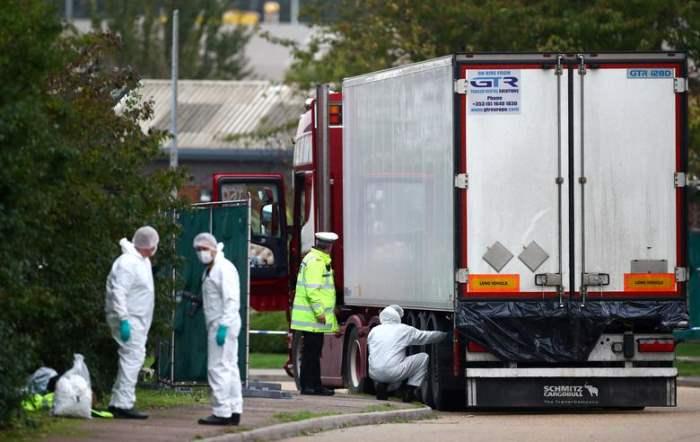 обнаружены тела в контейнере грузовика