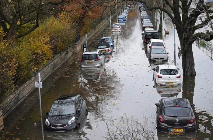 Наводнение в западном Лондоне