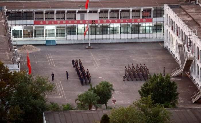 Солдаты Народно-освободительной армии Китая