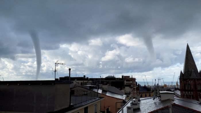 Торнадо в Генуе, Италия.