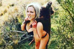 Новозеландская охотница начала получать угрозы от людей после публикации фотографий, где она позирует с мертвыми животными