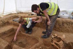 В Великобритании нашли кельтский щит, возраст которого более 2000 лет