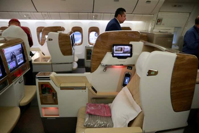 Интерьер Боинга 777