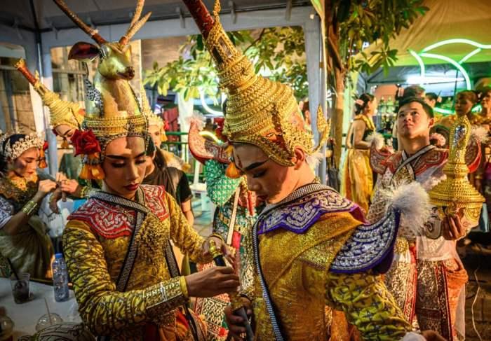 Традиционные танцоры