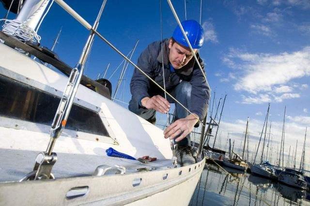 Уход за яхтой и ее ремонт