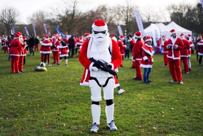 Участники забега Санта-Клаусов