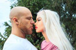 Бодибилдер из Казахстана Юрий Толочко женится на своей секс-кукле