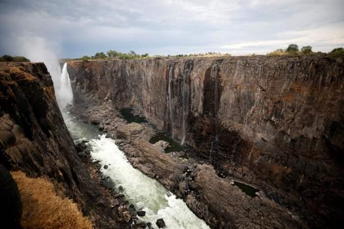 на водопаде Виктория