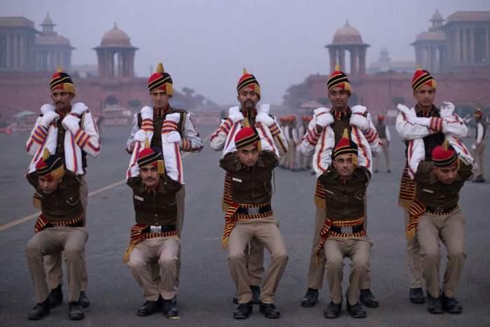 Члены полиции Дели