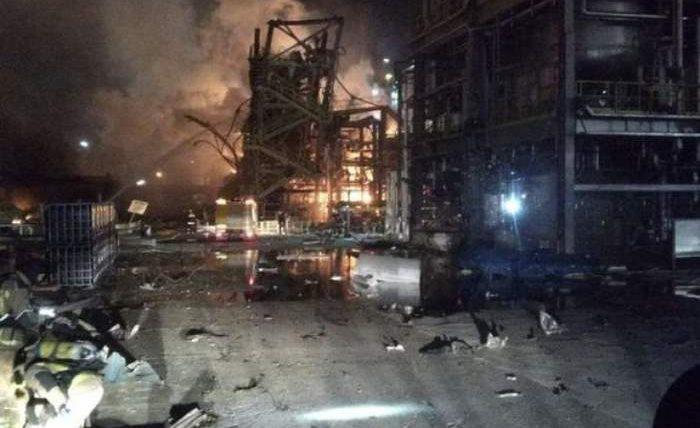 нефтехимический завод испания