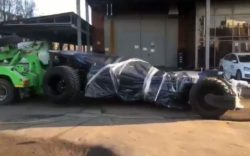 В Москве у Бэтмена ГИБДД забрала машину