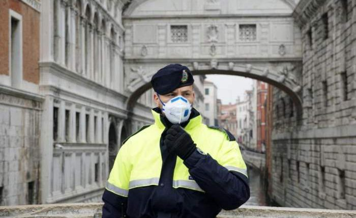 Венецианский карнавал прекращен
