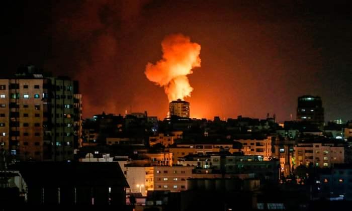 Взрыв виден после израильского авиаудара