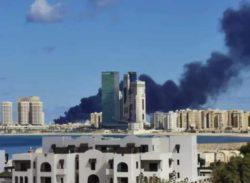 В Ливии обстреляли и потопили турецкое судно с оружием