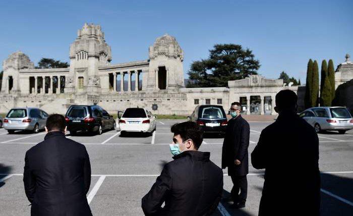 В Италии переполнены кладбища